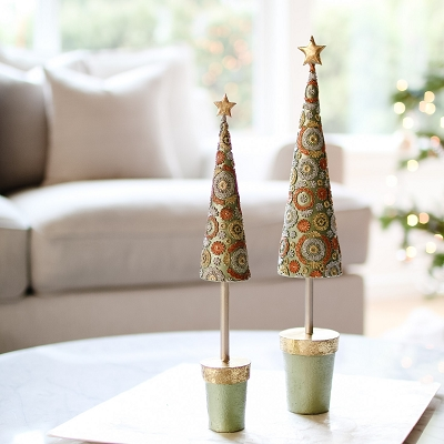 Blossom Topiary Tree w/Star (Green Dream)