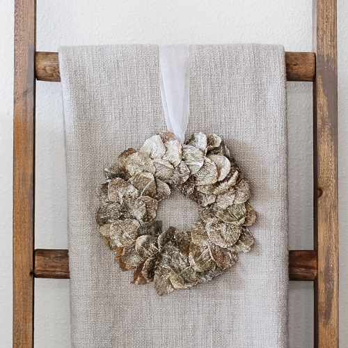 Frosted Butterfly Leaf Wreath (Natural White Wash)